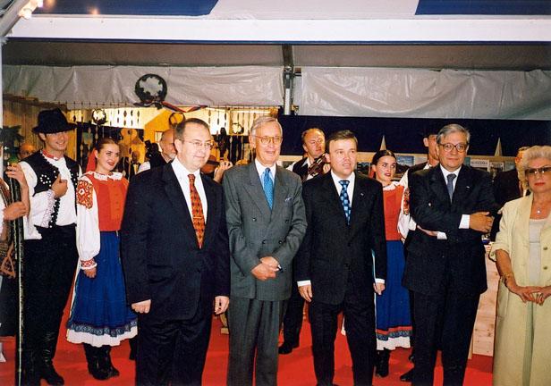 Monaco 2002-12