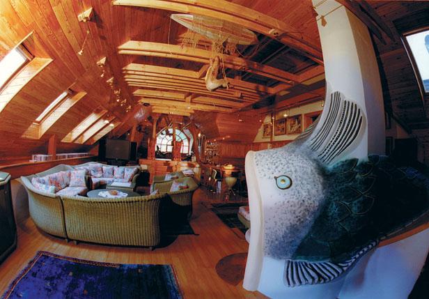 Resting-place in the attics